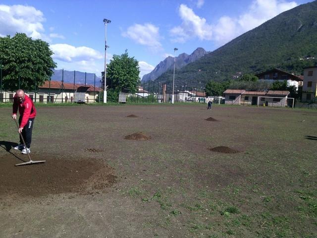 sale marasino campo di calcio
