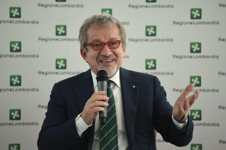 Roberto Maroni casa gratis