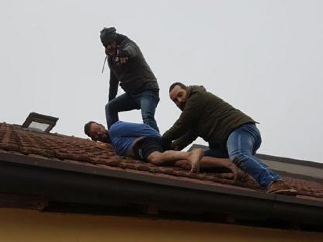 ladro sul tetto