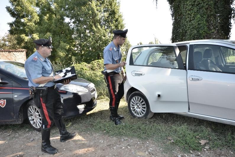 Carabinieri caccia ferito