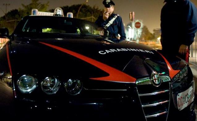 auto CC rapina notte