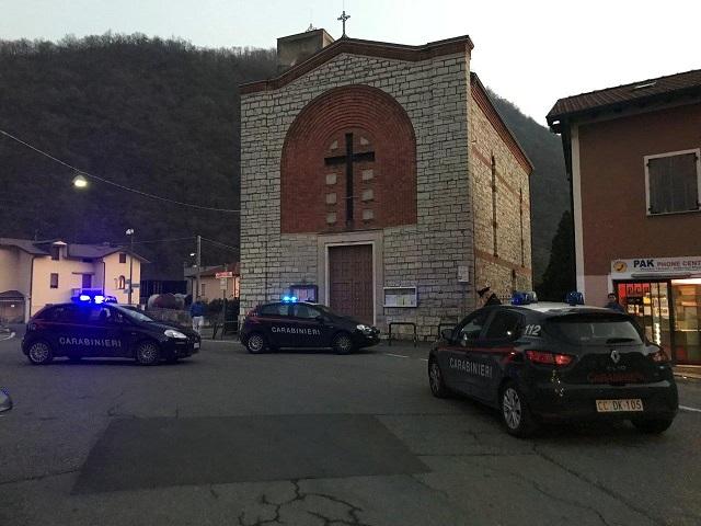 Carabinieri controllo clandestini