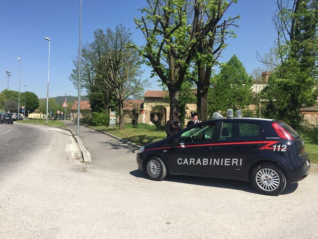 Carabinieri Radiomobile Gussago giorno 1.jpg