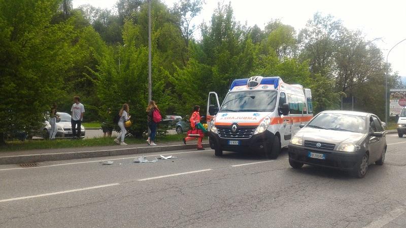 incidente automoto clusone 300418