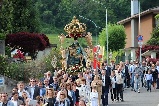 madonnina colzate processione