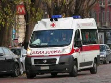 ambulanza foto.jpg