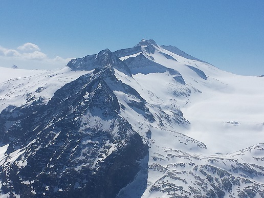 Montagna e cuore con il Cai in tutta Italia - Montagne & Paesi