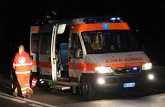 Ambulanza CRI notte