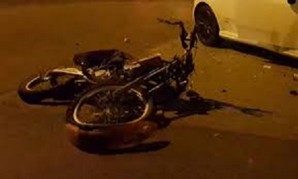Incidente moto notte