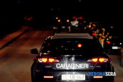 Carabinieri notte isneguimentyo