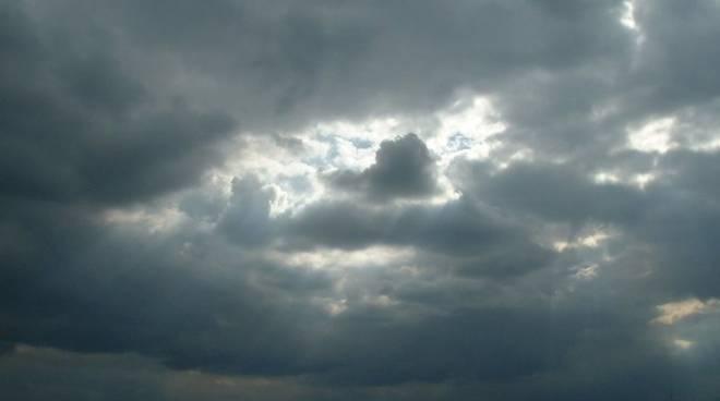 nuvole nuvoloso 564823.660x368