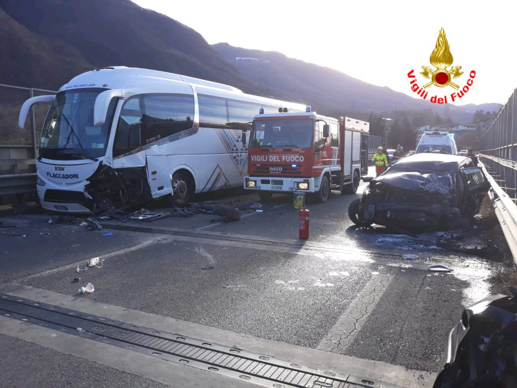 incidente superstrada darfo