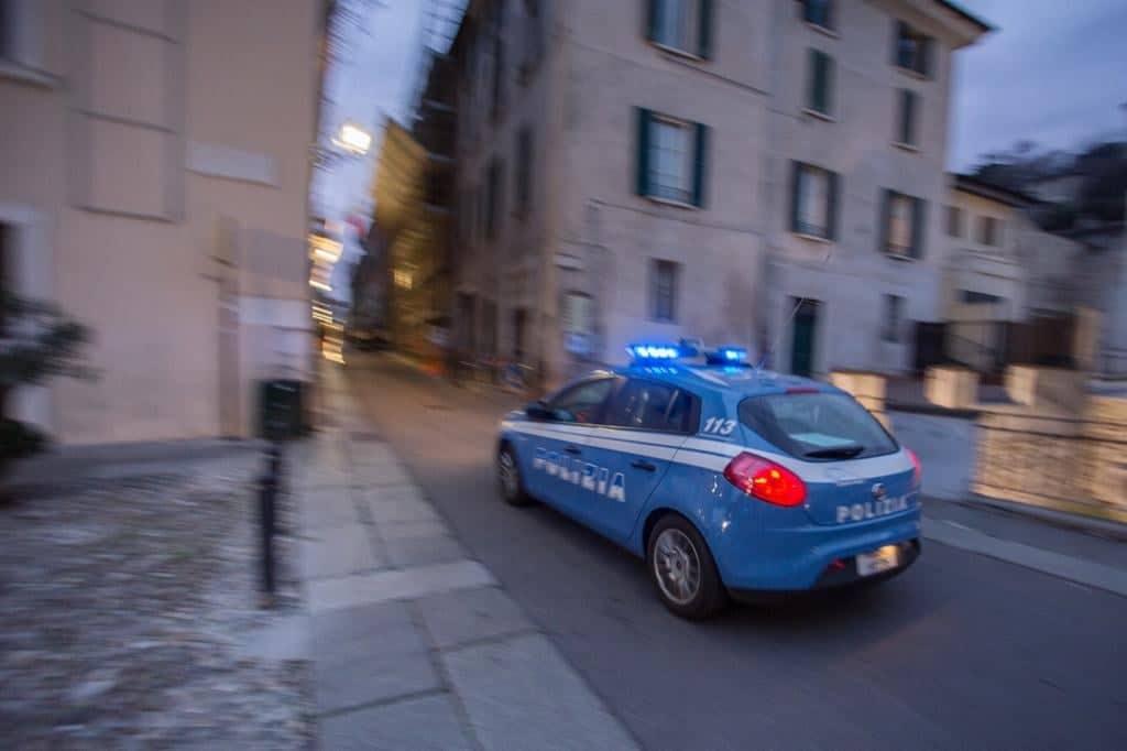 volante polizia brescia