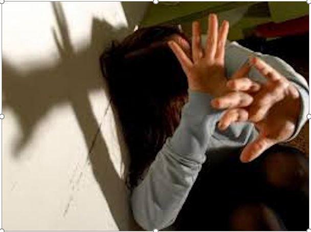 maltrattamenti famiglia arrestato