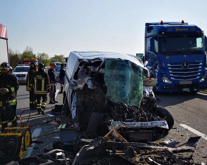 Incidente A21 VVFuoco.jpg