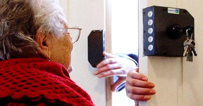 campagna contro truffe anziani