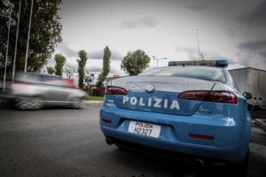 polizia min