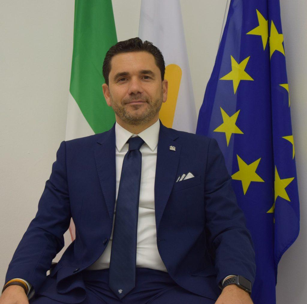 Presidente RAZZINO 5
