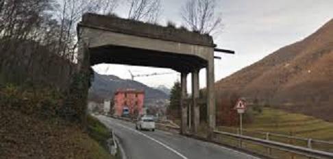 Strozza Valle Imagna.jpg