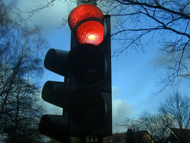 traffic lights 242323 640