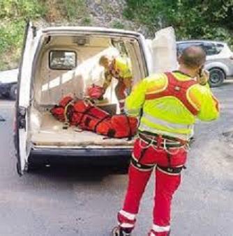 ambulanza montagna.jpg