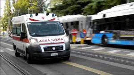 ambulanza corsa.jpg