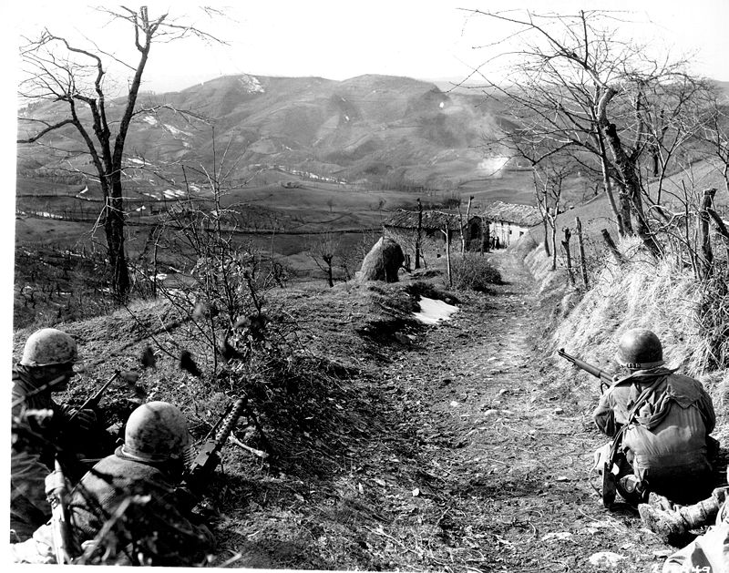 800px 10th Mountain securing road Italy 1945