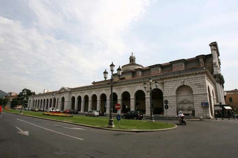 piazza arnaldo