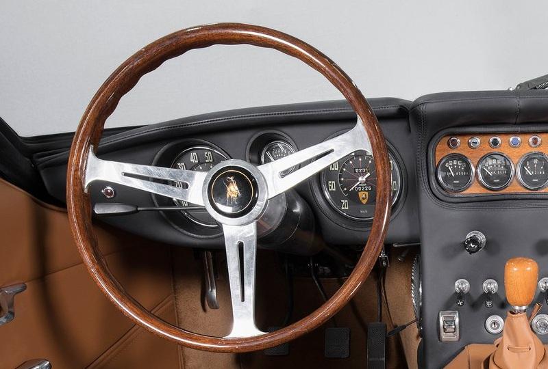 Lamborghini 400 GT 4 1