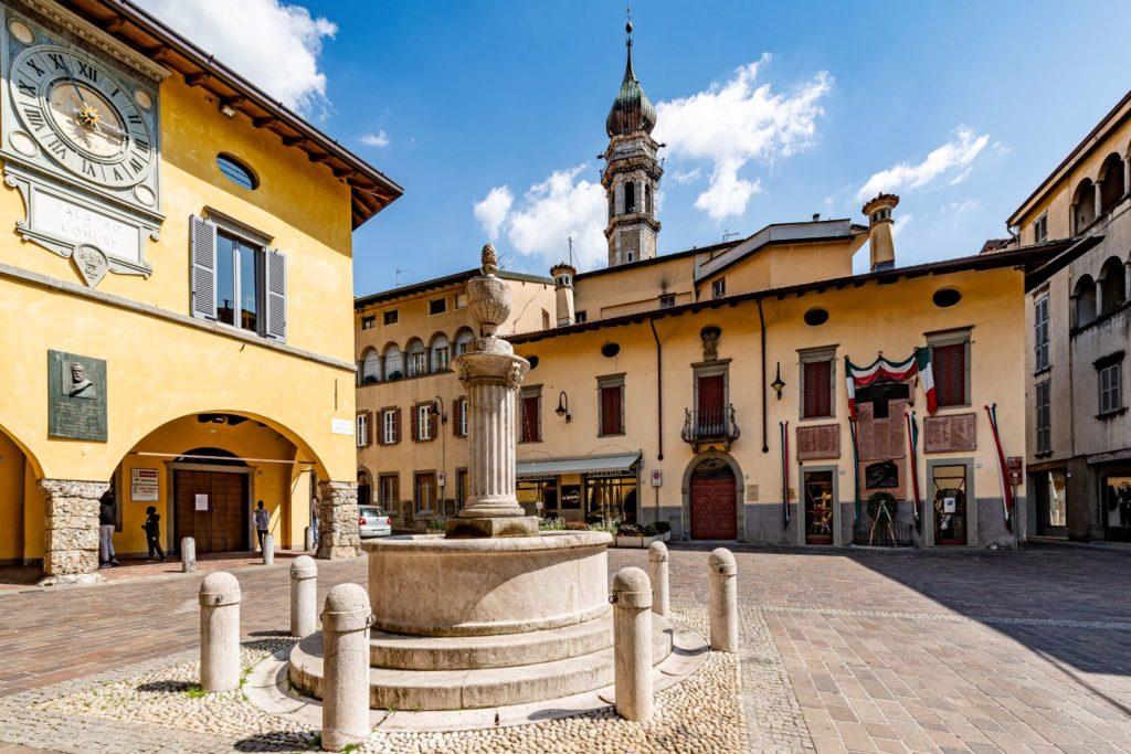Mercato Agricolo Gandino piazza municipio